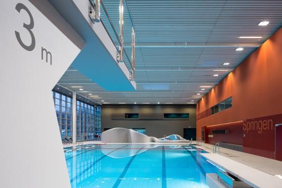 IBA, Schwimmbad