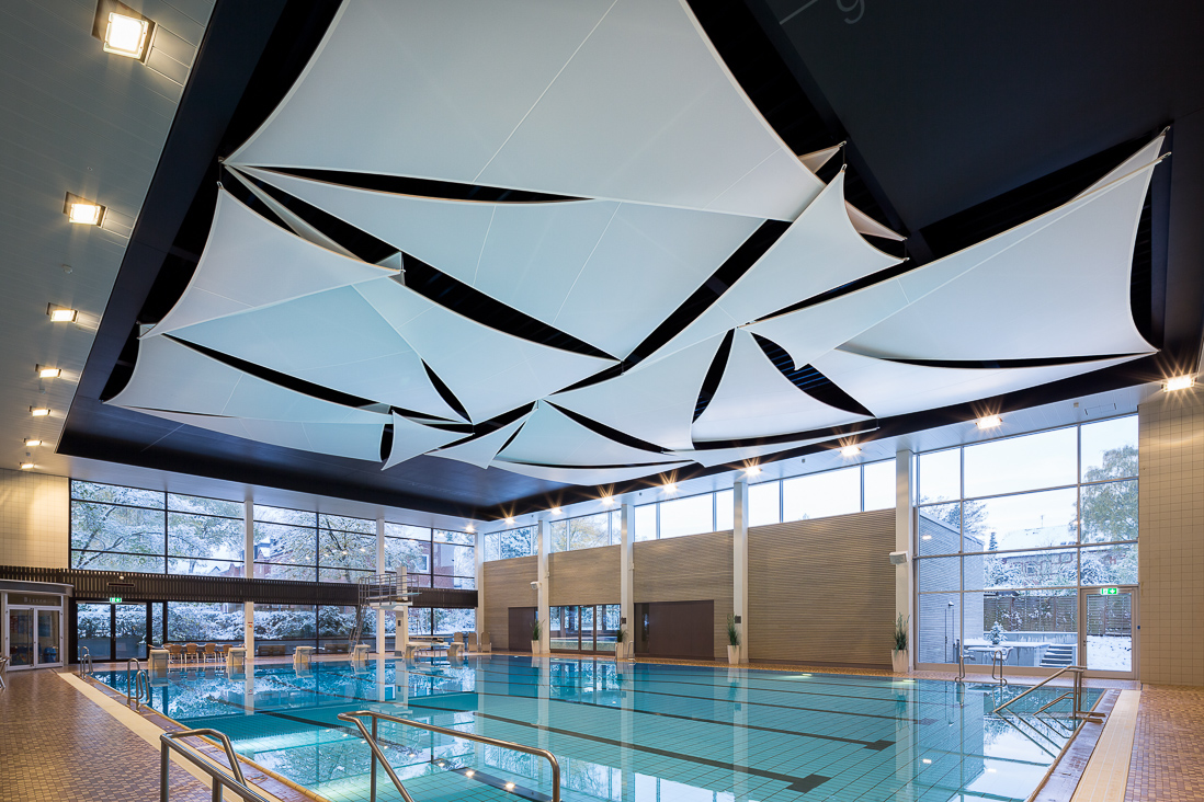 Akustikmembran im schwimmbad spezialistin f r - Schwimmbad architektur ...