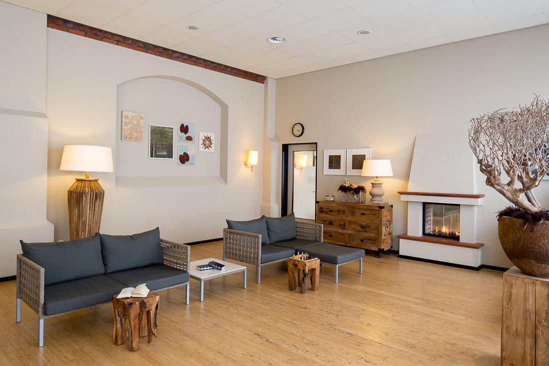 kaifu sole und schwimmbad spezialistin f r architektur und interieur fotografie. Black Bedroom Furniture Sets. Home Design Ideas